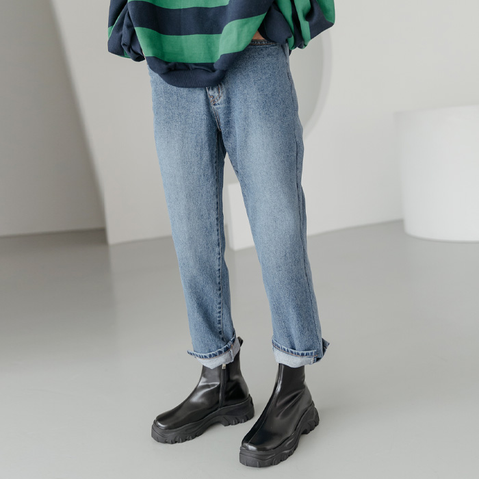 Nigi semi baggy denim pants 45552